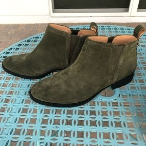 Ugg McClaire Ankle Boot - Spruce